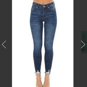 Kancan skinny jeans, dark wash! Size 26